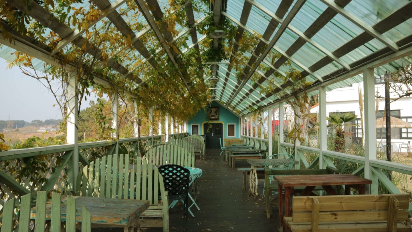 the outside cafe at farm kamille